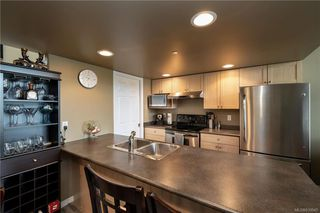 Photo 7: 410 2823 Jacklin Rd in Langford: La Langford Proper Condo Apartment for sale : MLS®# 839945