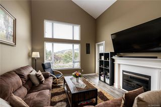 Photo 4: 410 2823 Jacklin Rd in Langford: La Langford Proper Condo Apartment for sale : MLS®# 839945