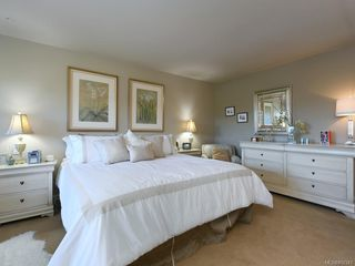 Photo 11: 114 1244 Muirfield Pl in : La Bear Mountain Row/Townhouse for sale (Langford)  : MLS®# 850341