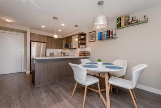 """Photo 8: 301 19936 56 Avenue in Langley: Langley City Condo for sale in """"Bearing Pointe"""" : MLS®# R2487217"""
