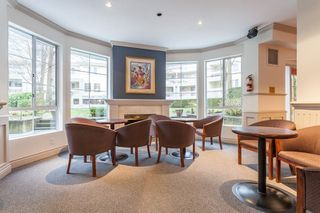 "Photo 3: 110 5835 HAMPTON Place in Vancouver: University VW Condo for sale in ""ST JAMES"" (Vancouver West)  : MLS®# R2488709"