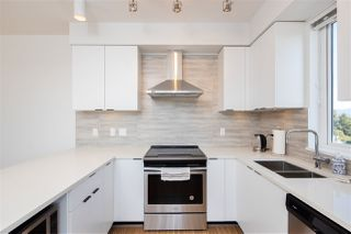"""Photo 10: PH15 5355 LANE Street in Burnaby: Metrotown Condo for sale in """"INFINITY"""" (Burnaby South)  : MLS®# R2495174"""
