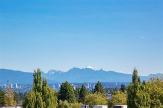"""Photo 24: PH15 5355 LANE Street in Burnaby: Metrotown Condo for sale in """"INFINITY"""" (Burnaby South)  : MLS®# R2495174"""