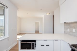 """Photo 11: PH15 5355 LANE Street in Burnaby: Metrotown Condo for sale in """"INFINITY"""" (Burnaby South)  : MLS®# R2495174"""