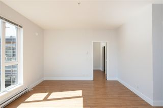 """Photo 5: PH15 5355 LANE Street in Burnaby: Metrotown Condo for sale in """"INFINITY"""" (Burnaby South)  : MLS®# R2495174"""