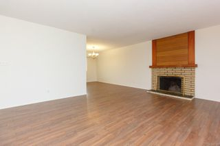 Photo 4: 1812 Laval Ave in : SE Gordon Head House for sale (Saanich East)  : MLS®# 857548