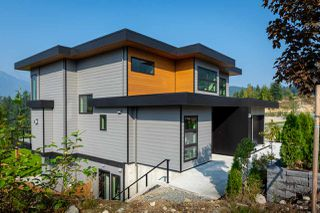 """Photo 24: 2914 HUCKLEBERRY Drive in Squamish: University Highlands House for sale in """"University Heights"""" : MLS®# R2506027"""
