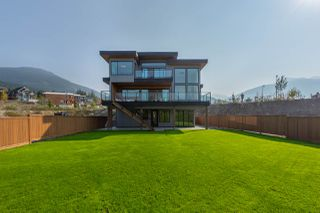 """Photo 23: 2914 HUCKLEBERRY Drive in Squamish: University Highlands House for sale in """"University Heights"""" : MLS®# R2506027"""
