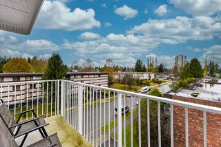 "Photo 14: 411 10168 149 Street in Surrey: Guildford Condo for sale in ""Guildhouse II"" (North Surrey)  : MLS®# R2519397"
