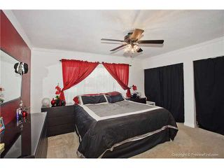 Photo 8: EAST ESCONDIDO House for sale : 4 bedrooms : 1553 Kenora Street in Escondido