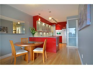 """Photo 3: 905 1177 HORNBY Street in Vancouver: Downtown VW Condo for sale in """"LONDON PLACE"""" (Vancouver West)  : MLS®# V952636"""
