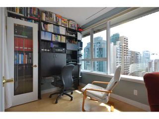 """Photo 6: 905 1177 HORNBY Street in Vancouver: Downtown VW Condo for sale in """"LONDON PLACE"""" (Vancouver West)  : MLS®# V952636"""