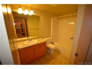 Photo 7: 106 663 Goldstream Ave in VICTORIA: La Fairway Condo Apartment for sale (Langford)  : MLS®# 619545