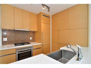 "Photo 1: 1501 565 SMITHE Street in Vancouver: Downtown VW Condo for sale in ""VITA"" (Vancouver West)  : MLS®# V1076138"