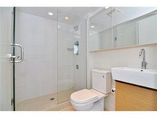 "Photo 10: 1501 565 SMITHE Street in Vancouver: Downtown VW Condo for sale in ""VITA"" (Vancouver West)  : MLS®# V1076138"