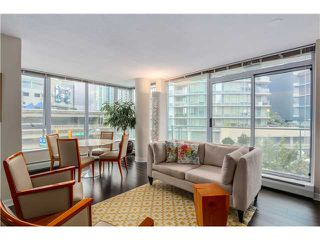 Photo 2: 306 688 Abbott in Vancouver: Condo for sale (Vancouver West)  : MLS®# V1070802