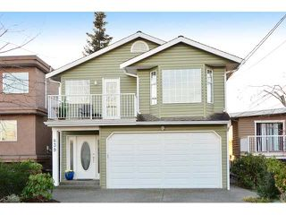 Main Photo: 839 STEVENS ST: White Rock House for sale (South Surrey White Rock)  : MLS®# F1432564