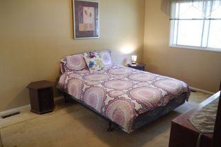 Photo 9: 46 Newcastle Road in Winnipeg: Fort Richmond Single Family Detached for sale (South Winnipeg)  : MLS®# 1523425