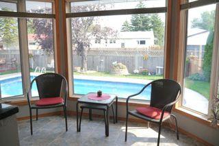 Photo 4: 46 Newcastle Road in Winnipeg: Fort Richmond Single Family Detached for sale (South Winnipeg)  : MLS®# 1523425