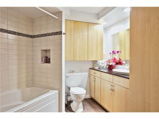 Photo 7: 103 953 W 8th Avenue in Vancovuer: Fairview VW Condo for sale (Vancouver West)  : MLS®# V1094473