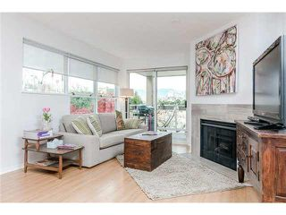 Photo 4: 103 953 W 8th Avenue in Vancovuer: Fairview VW Condo for sale (Vancouver West)  : MLS®# V1094473