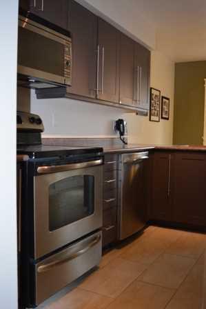 Photo 5: 21 Oriska Wa in Ottawa: House for sale : MLS®# 971313