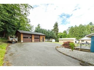 Photo 2: 24810 40TH AVENUE in Langley: Salmon River House for sale : MLS®# R2088309