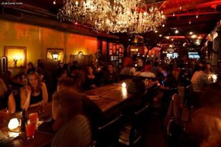 Photo 2: ~ GRANVILLE STREET PUB ~ in Vancouver: Downtown VW Home for sale (Vancouver West)  : MLS®# C8002652