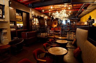 Photo 6: ~ GRANVILLE STREET PUB ~ in Vancouver: Downtown VW Home for sale (Vancouver West)  : MLS®# C8002652