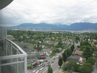 Photo 2: 1306 4028 KNIGHT STREET in Vancouver: Knight Condo for sale (Vancouver East)  : MLS®# R2087920