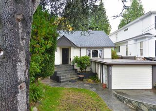 Photo 2: 2762 West 33rd Avenue in Vancouver: MacKenzie Heights House for sale (Vancouver West)  : MLS®# R2117516