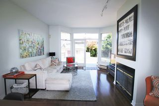 Photo 4:  in Vancouver: Kitsilano House  (Vancouver West)  : MLS®# AR078