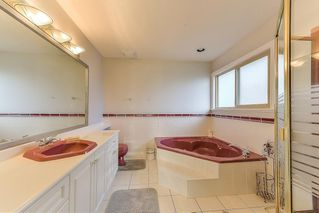 Photo 14: 6670 121A STREET in Surrey: West Newton House for sale : MLS®# R2356794
