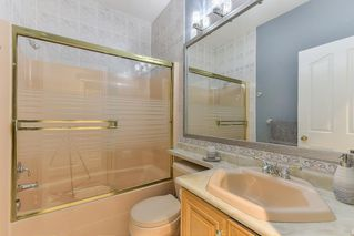 Photo 17: 6670 121A STREET in Surrey: West Newton House for sale : MLS®# R2356794