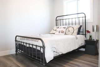 Photo 14: 12207 134 Avenue in Edmonton: Zone 01 House for sale : MLS®# E4177384