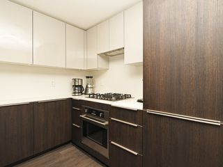 Photo 11: 214 1588 HASTINGS STREET in Vancouver: Hastings Sunrise Condo for sale (Vancouver East)  : MLS®# R2401182