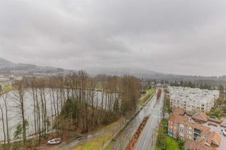 Photo 16: 1505 3070 GUILDFORD Way in Coquitlam: North Coquitlam Condo for sale : MLS®# R2432675