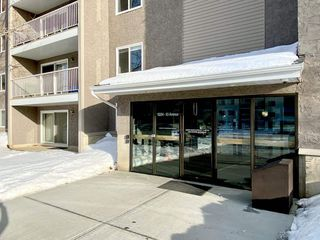 Photo 2: 109 18204 93 Avenue in Edmonton: Zone 20 Condo for sale : MLS®# E4187233