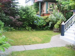 Photo 18: 33 Kamloops Street in Vancouver: Home for sale