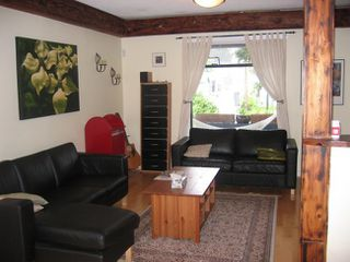Photo 4: 33 Kamloops Street in Vancouver: Home for sale