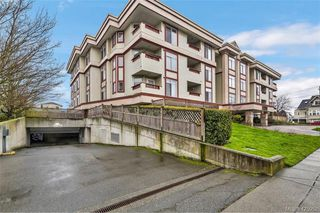 Photo 3: 308 2511 Quadra St in VICTORIA: Vi Hillside Condo Apartment for sale (Victoria)  : MLS®# 839268