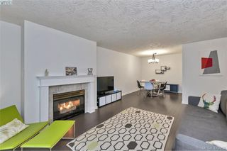 Photo 6: 308 2511 Quadra St in VICTORIA: Vi Hillside Condo Apartment for sale (Victoria)  : MLS®# 839268