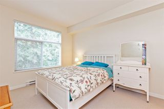 Photo 7: 310 33318 E BOURQUIN CRESCENT in Abbotsford: Central Abbotsford Condo for sale : MLS®# R2449183