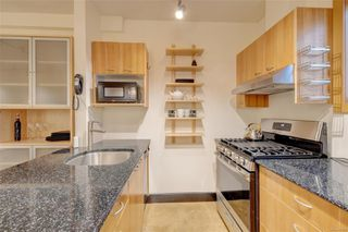 Photo 7: 103 555 Chatham St in : Vi Downtown Condo for sale (Victoria)  : MLS®# 851115
