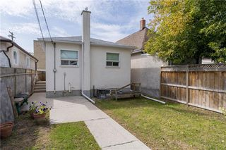 Photo 12: 1503 Elgin Avenue West in Winnipeg: Weston Residential for sale (5D)  : MLS®# 202023115