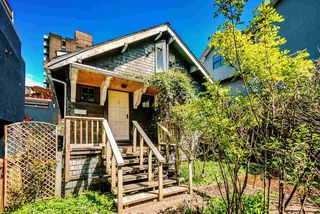 Photo 5: 1511 BARCLAY Street in Vancouver: West End VW House for sale (Vancouver West)  : MLS®# R2499693