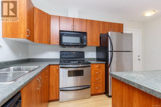 Photo 4: 105 919 Market Street in Victoria: Condo for sale : MLS®# 856860