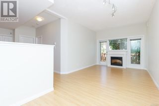 Photo 9: 105 919 Market Street in Victoria: Condo for sale : MLS®# 856860