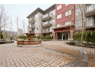 "Photo 10: 108 3260 ST JOHNS Street in Port Moody: Port Moody Centre Condo for sale in ""THE SQUARE"" : MLS®# V974508"