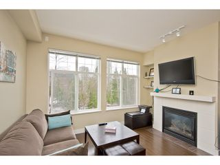 "Photo 1: 108 3260 ST JOHNS Street in Port Moody: Port Moody Centre Condo for sale in ""THE SQUARE"" : MLS®# V974508"